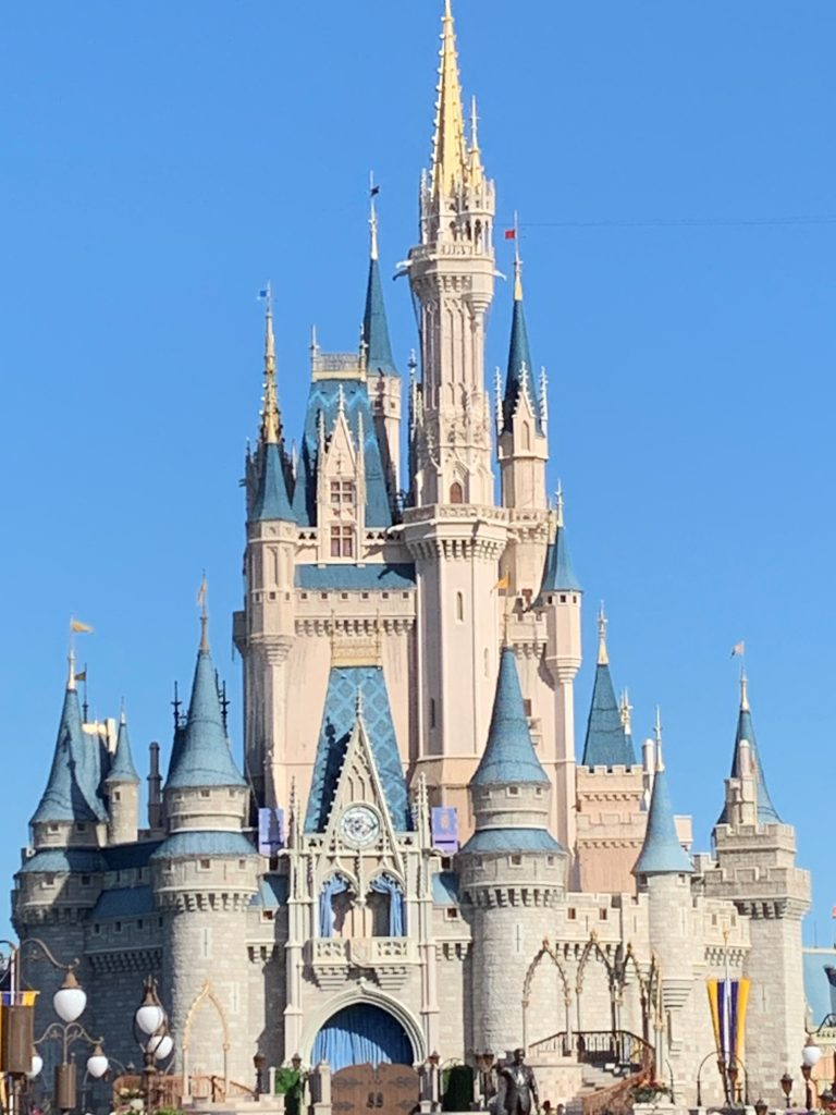 Walt Disney World - Magic Kingdom - Cinderella Castle