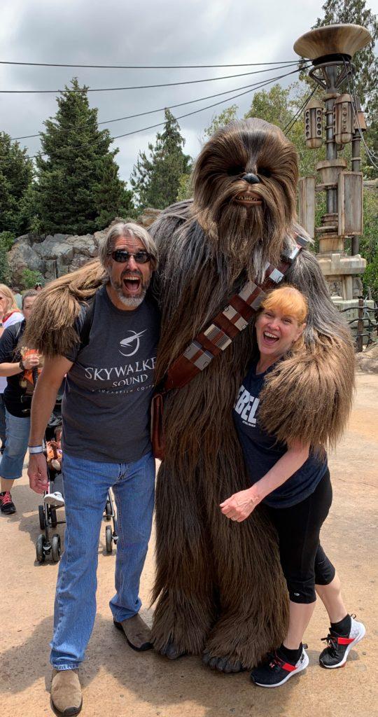 Tom, Michelle & Chewie - Star Wars: Galaxy's Edge - Disneyland