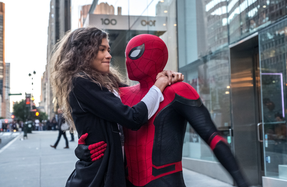 Spider-Man: Far From Home - Spider-Man & MJ